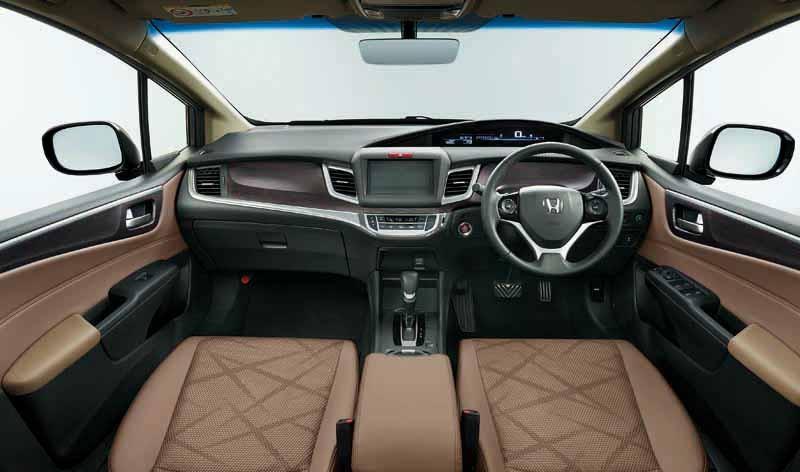 honda-the-1-5l-vtec-turbo-mounted-in-jade20150521-9-min