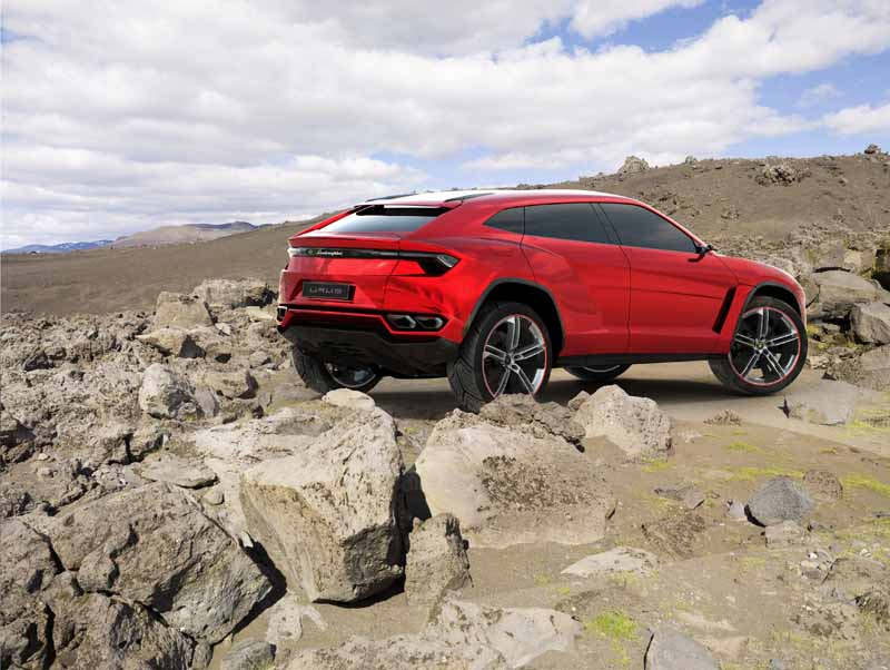 lamborghini-the-emergence-of-new-urus-2018-20150530-2-min