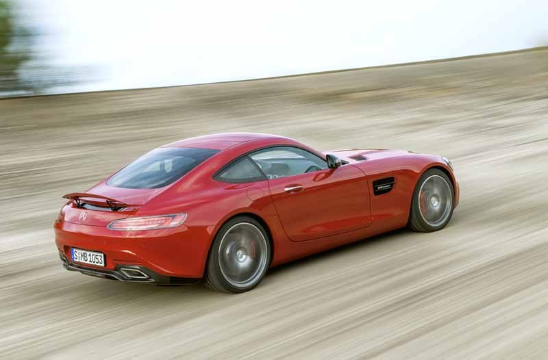 mercedes-benz-and-started-accepting-orders-of-amg-gt20150508-16-min