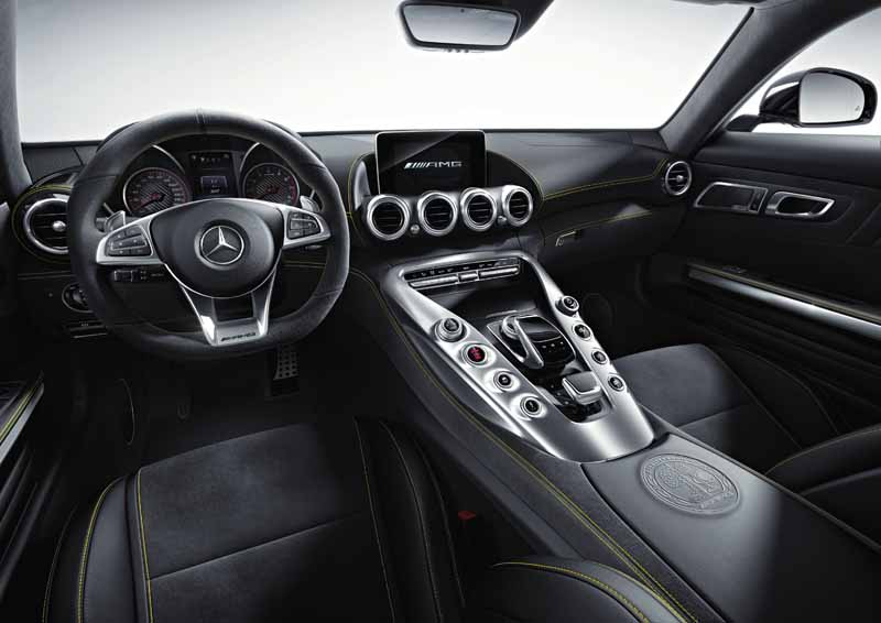 mercedes-benz-and-started-accepting-orders-of-amg-gt20150508-3-min
