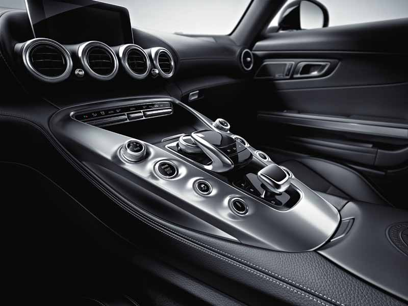 mercedes-benz-and-started-accepting-orders-of-amg-gt20150508-7-min