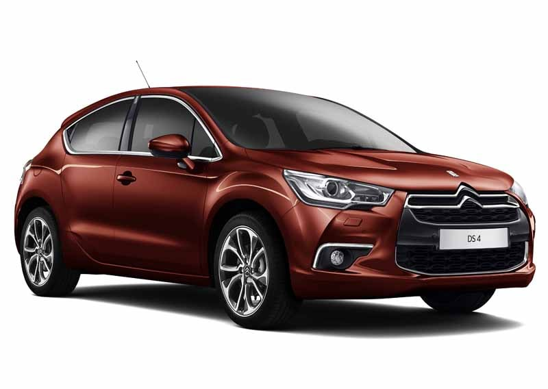 new-engine-to-citroen-ds4-improved-fuel-efficiency-from-3-2-million-yen20150515-1-min