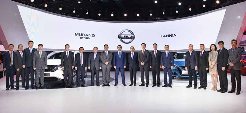 nissan-lannia-best-new-models-two-cam-award-at-the-shanghai-motor-show-201520150512-2-min