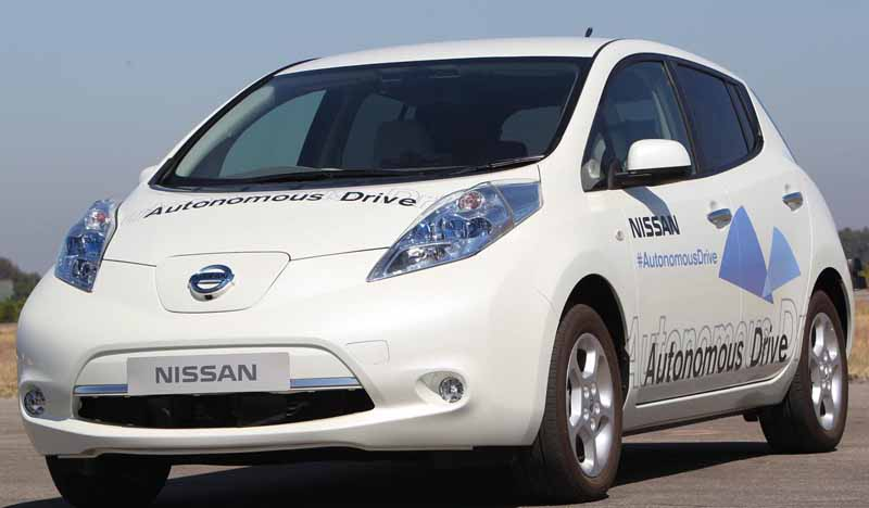 nissan-technology-exhibition-2015-of-people-and-cars-exhibition20150517-2-min