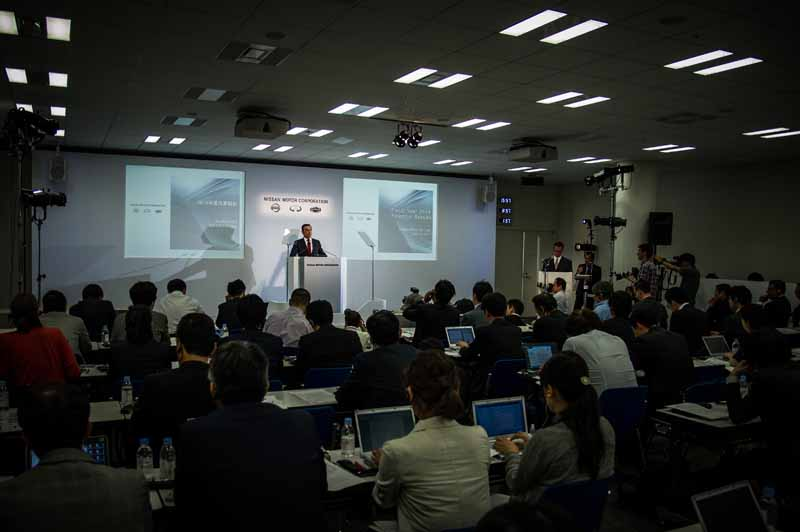 nissans-2014-full-year-financial-results-net-income-4576-one-hundred-million-yen20150513-1-min