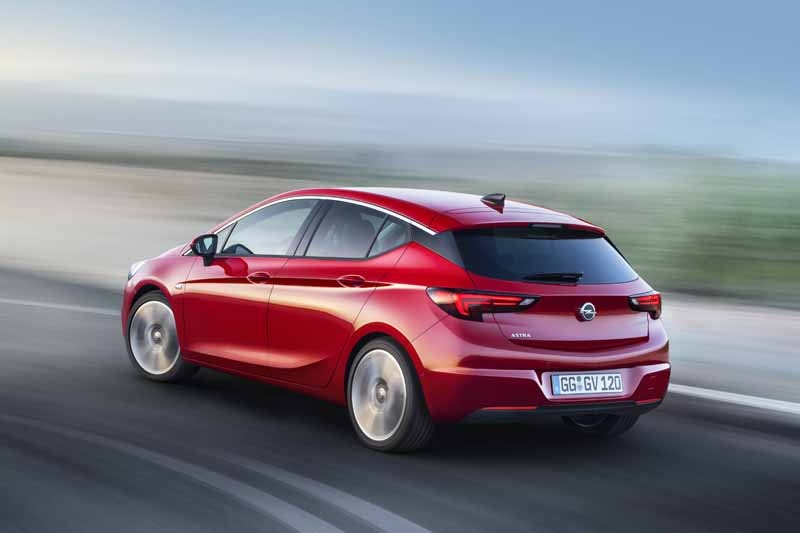 opel-to-smartphones-cooperation-function-implemented-in-the-whole-lineup20150530-11-min