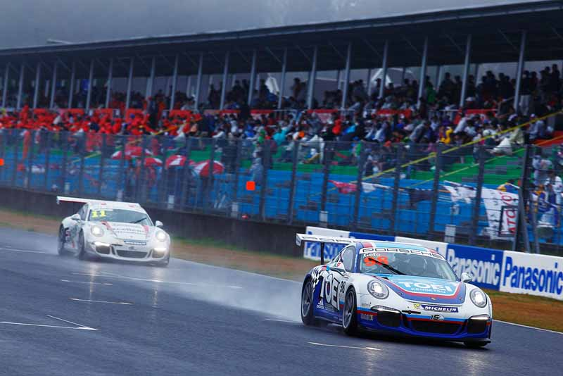 porsche-carrera-cup-japan-2015-fuji-start-just-before20150501-4-min