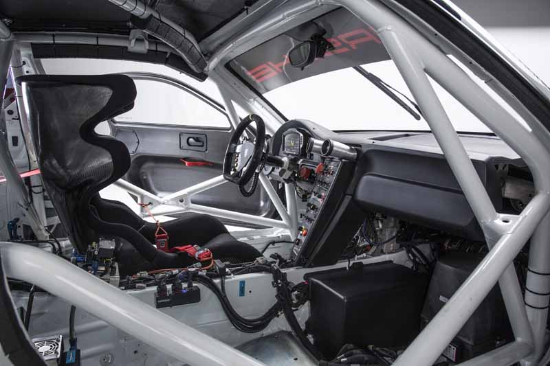 porsche-the-new-911-gt3-r-world-premiere-at-the-nurburgring20150516-6-min