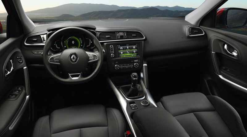 renault-a-small-crossover-vehicle-kajaru-european-release20150531-1-min
