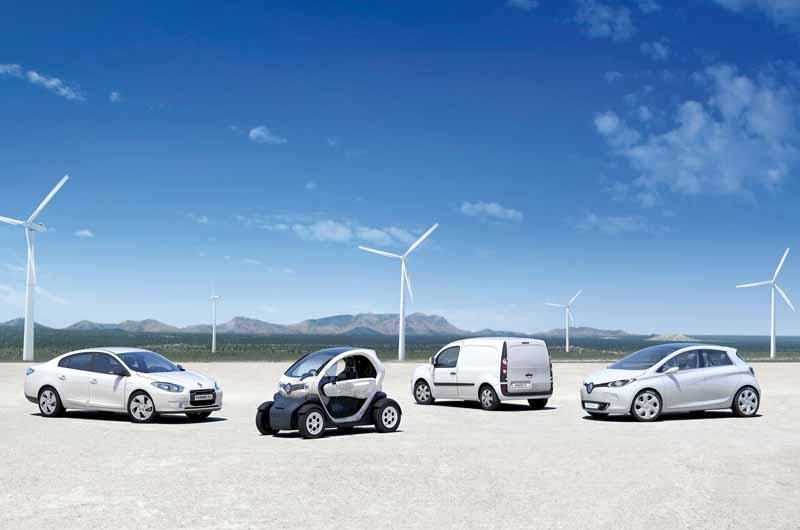 renault-nissan-alliance-provides-a-zero-emission-vehicles-to-cop2120150527-4-min