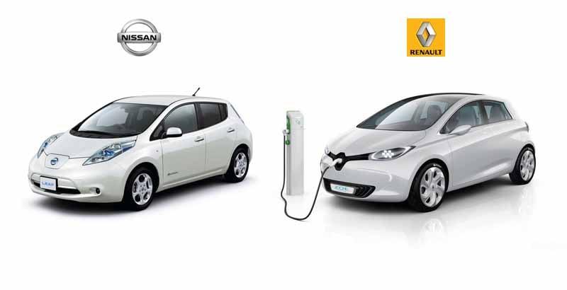 renault-nissan-alliance-provides-a-zero-emission-vehicles-to-cop2120150527-6-min