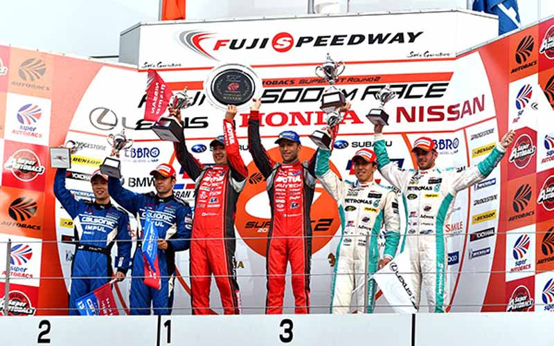 super-gt-round-2-fuji-goddess-of-victory-smiles-to-nissan20150504-12-min