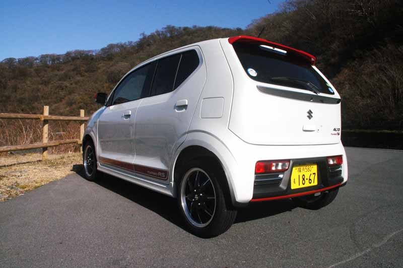 suzuki-alto-turbo-rs-test-drive-symbol-car-to-take-the-senior-segment-market20150507-3-min