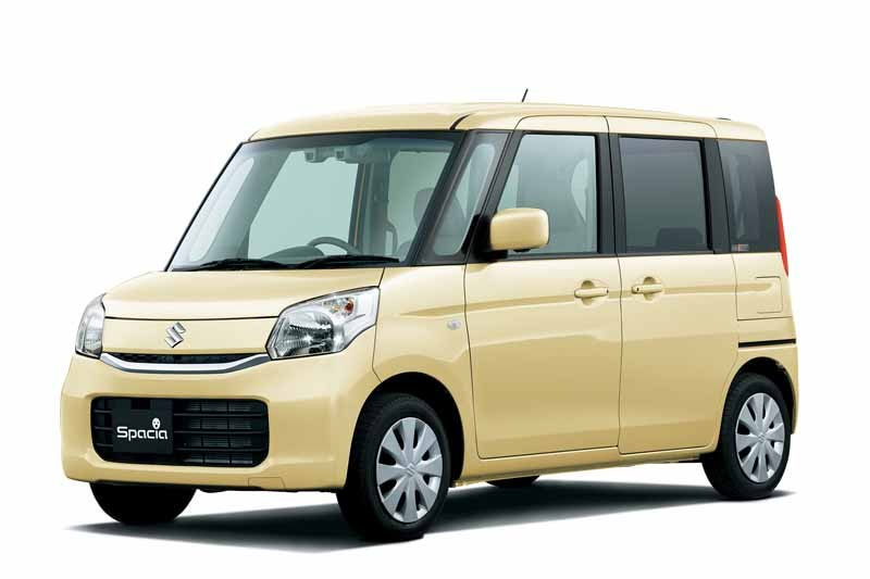 suzuki-improved-spacia-series-and-greatly-up-low-fuel-consumption-and-collision-safety20150519-2-min