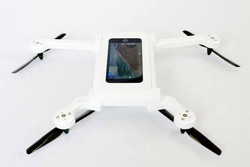 to-the-smartphone-to-drone-phonedrone-investor-wanted20150504-4-min