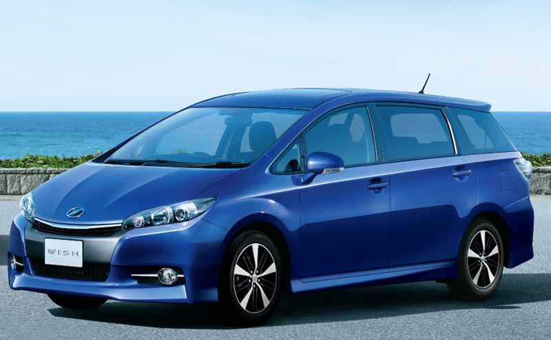 toyota-wish-improvement-the-fuel-economy-improvement-to-release20150507-1-min