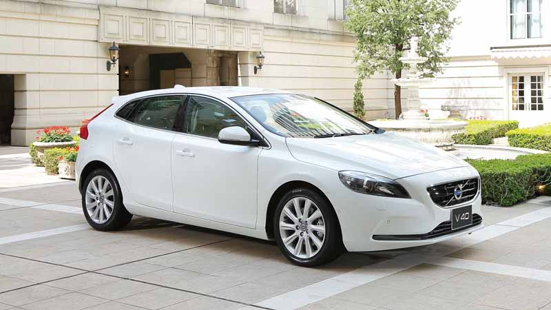 volvo-limited-car-popular-model-of-the-womens-magazine-has-select20150507-3-min