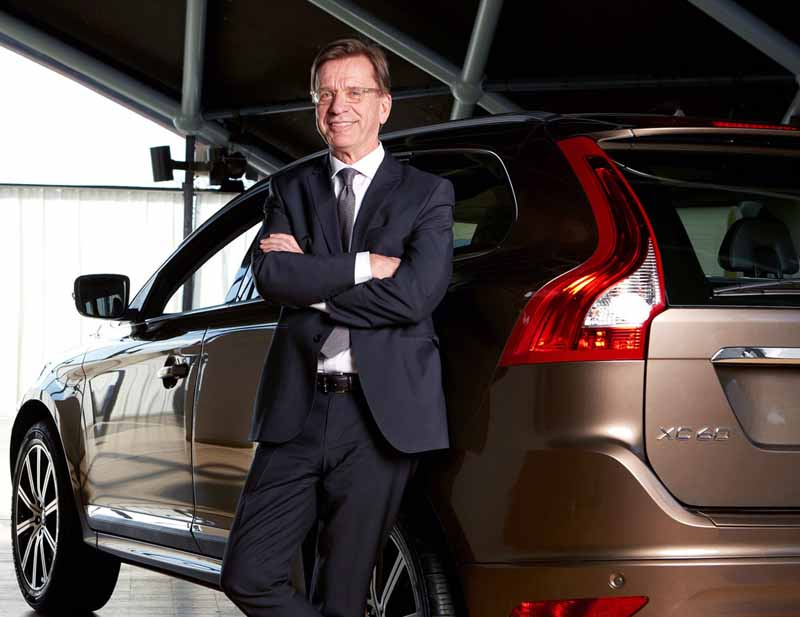 volvo-north-americas-first-production-base-advance-decision20150512-10-min