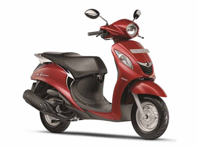 yamaha-scooter-launch-towards-the-young-people-in-india20150508-2-min