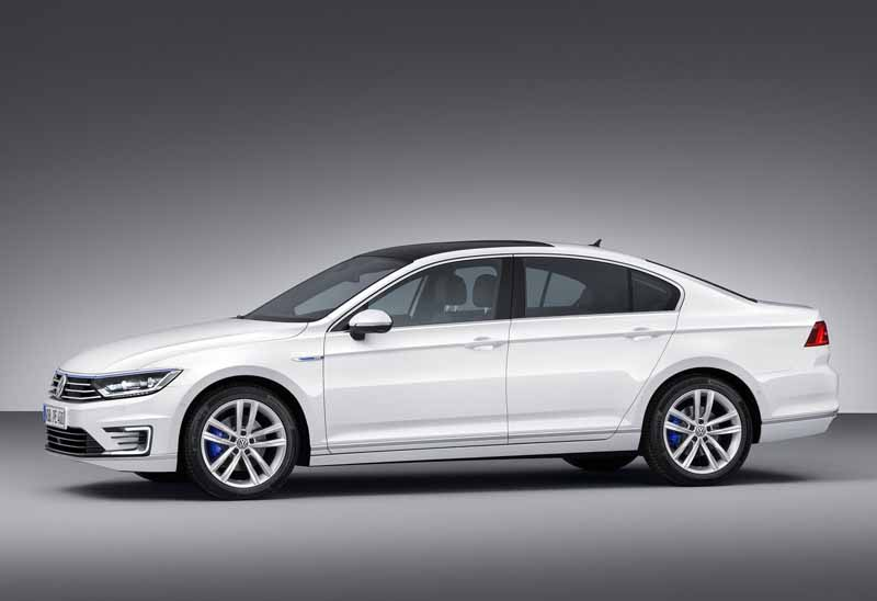 VW, orders the start of the Passat GTE · plug-in hybrid in the European market-6-min