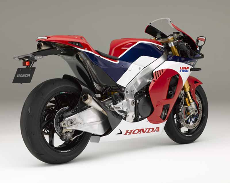 honda-public-road-specification-car-of-motogp-machine-rc213v-rc213v—s-released-4-min