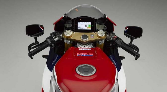 ホンダ、MotoGPマシンをそのままの公道走行可能とした「RC213V-S」発売へ