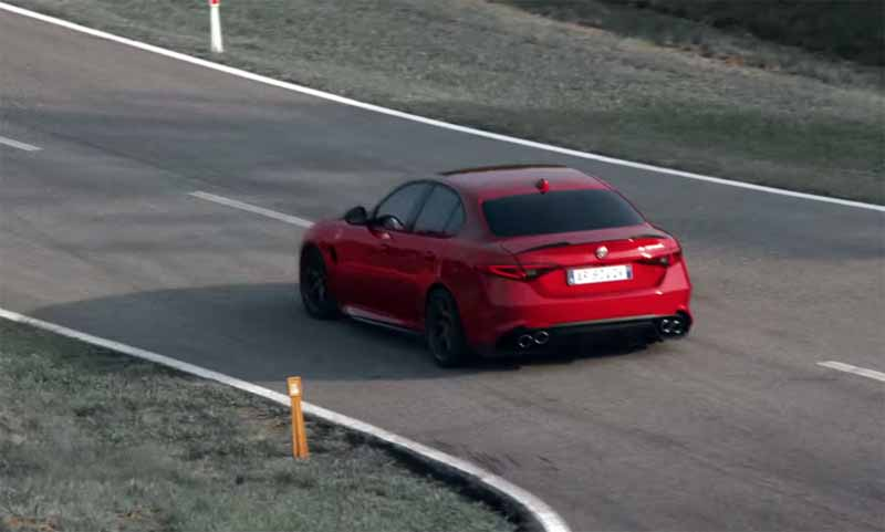 alfa-romeo-giulia-alfa-romeo-giulia-travel-video-public20150625-4-min