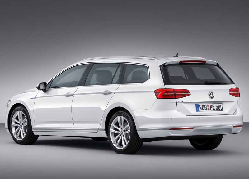 VW, orders the start of the Passat GTE · plug-in hybrid in the European market-4-min