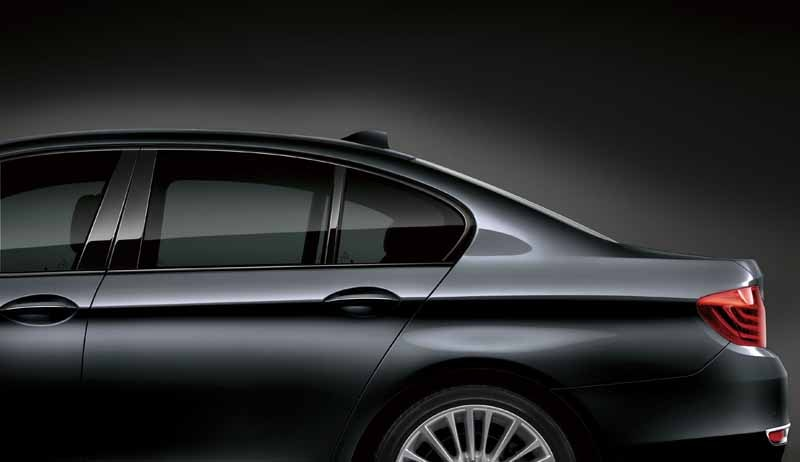 bmw-5-series-sedan-limited-model-grace-line-released-of20150604-9-min