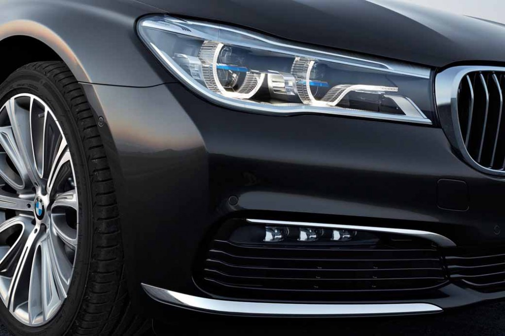 bmw-and-publish-the-new-7-series-in-the-european-market20150611-11-min