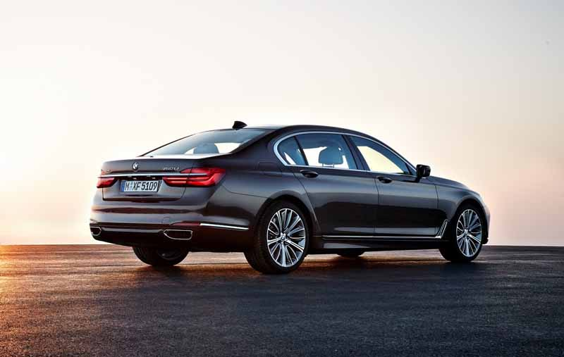 bmw-and-publish-the-new-7-series-in-the-european-market20150611-16-min