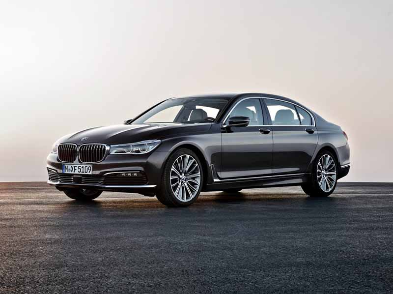 bmw-and-publish-the-new-7-series-in-the-european-market20150611-17-min