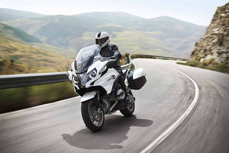 bmw-motorrad-r-1200-rt-limited-color-is-alpine-white-appearance-of20150627-2-min