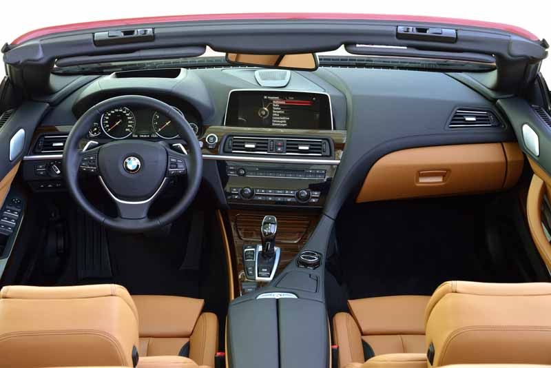 bmw-new-6-series-announced20150626-40-min