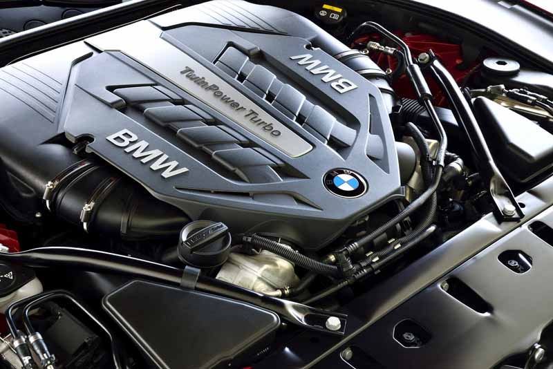 bmw-new-6-series-announced20150626-42-min