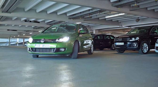 【動画】ボッシュとダイムラーによる自動駐車システム、car2goカーシェアで実用化へ