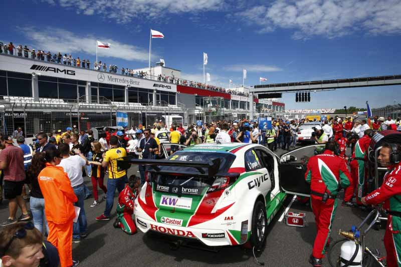 citroen-it-challenges-the-wtcc-three-european-races-from-slovakia-or-rivals-of-revenge-made20150619-2-min