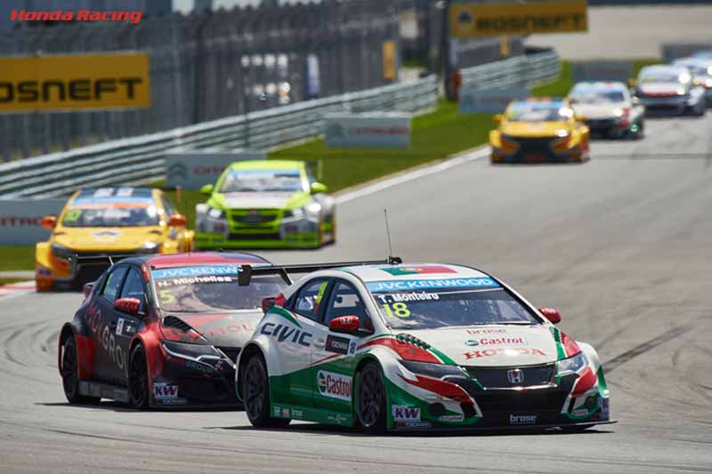 citroen-it-challenges-the-wtcc-three-european-races-from-slovakia-or-rivals-of-revenge-made20150619-3-min