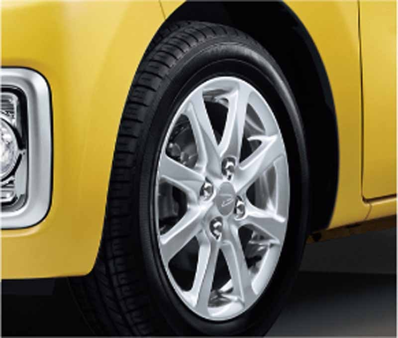 daihatsu-add-the-joint-development-car-of-the-mont-wave-legend-in-the-wake20150630-7-min