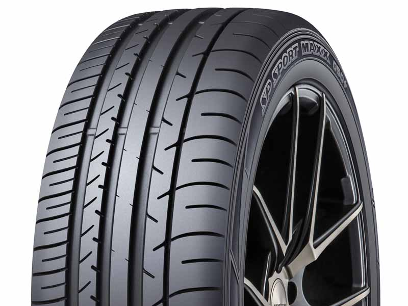 dunlop-flagship-tire-new-launch-of-the-high-performance-car-adaptation20150626-5-min