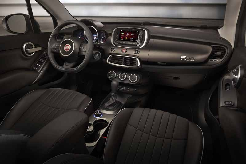 fca-japan-sold-a-compact-crossover-suv-fiat-500x-this-autumn20150608-1-min