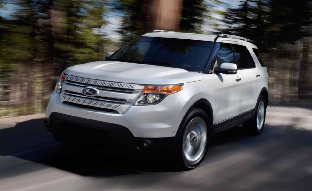 ford-japan-explorer-limited-ecoboost-limited-200-units-released20150618-5-min