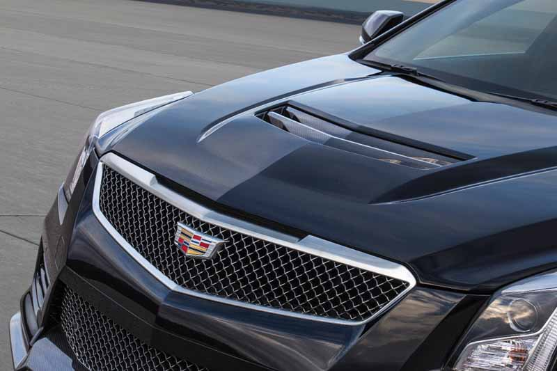 gm-japan-and-published-a-power-unit-of-the-super-sports-sedan-cadillac-ats-v20150623-3-min