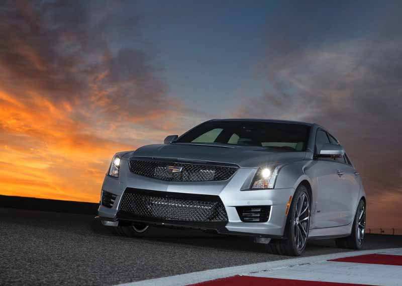 gm-japan-and-published-a-power-unit-of-the-super-sports-sedan-cadillac-ats-v20150623-6-min