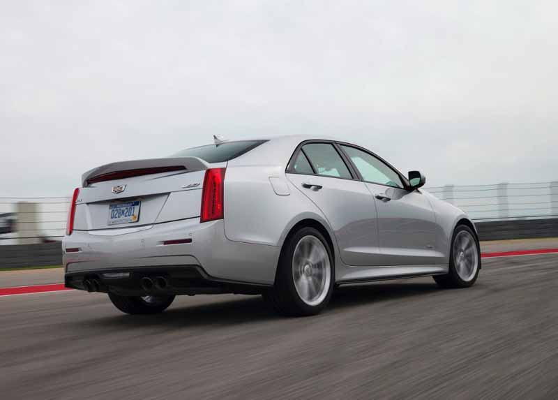 gm-japan-and-published-a-power-unit-of-the-super-sports-sedan-cadillac-ats-v20150623-7-min
