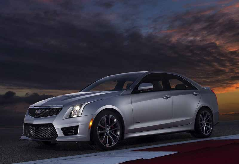 gm-japan-and-published-a-power-unit-of-the-super-sports-sedan-cadillac-ats-v20150623-9-min