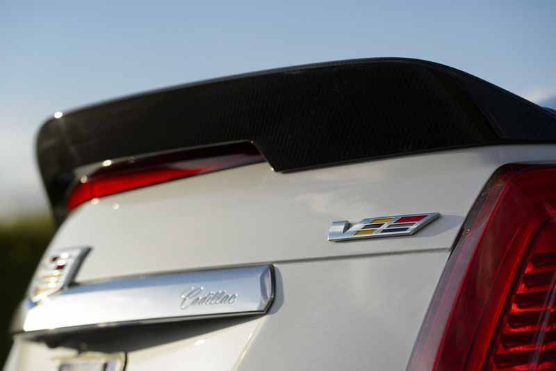 gm-japan-announced-the-power-unit-of-the-super-sports-sedan-cadillac-cts-v-20150623-11-min