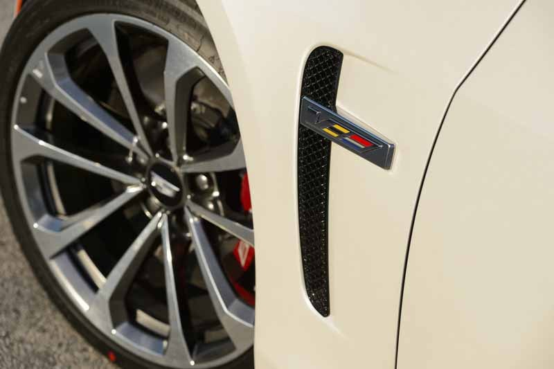 gm-japan-announced-the-power-unit-of-the-super-sports-sedan-cadillac-cts-v-20150623-13-min