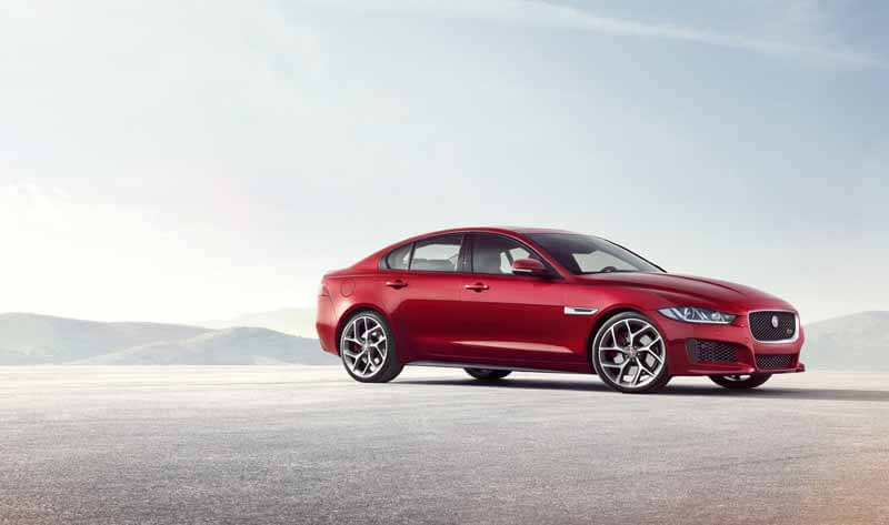 jaguar-orders-the-start-of-the-new-sports-saloon-models-xe20150604-6 (1)