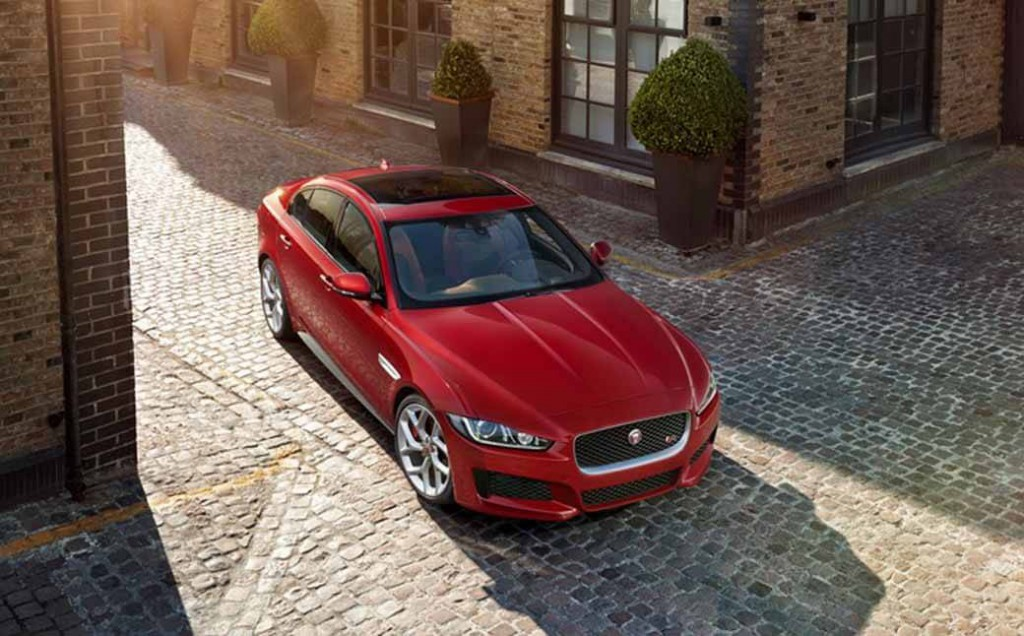jaguar-orders-the-start-of-the-new-sports-saloon-models-xe20150604-7 (1)